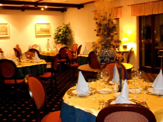 Jezero Hotel: Main Dining for Ala Carte
