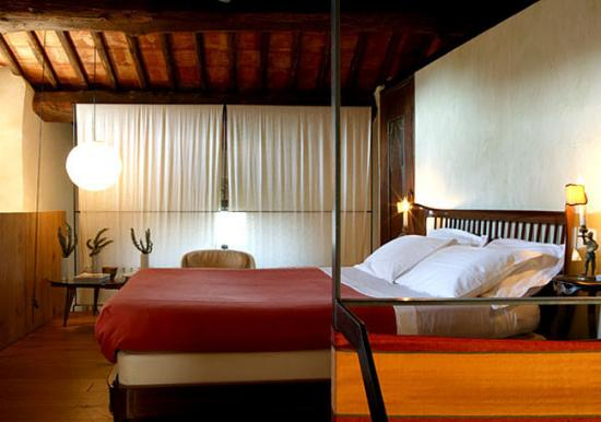 Castello di Vicarello: The Sprone room