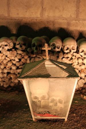 Cimitero delle Fontanelle: Fontanelle