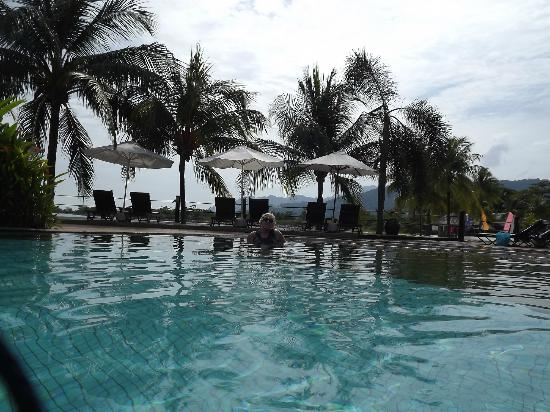 Langkawi Lagoon Beach Resort: swimming pool