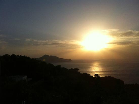 Residence Gocce di Capri: Capri Island at sunset