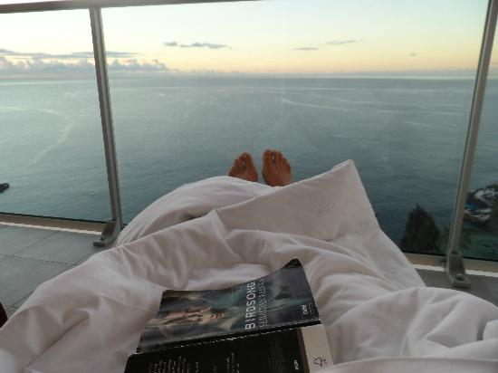 Pestana Carlton Madeira : View from the balcony! Reading while the sun gets up!