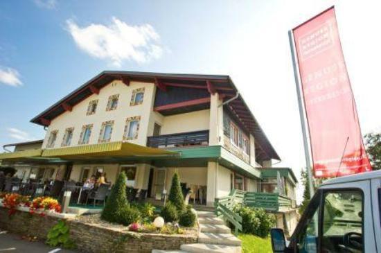 Beste Spielothek in Nestelbach bei Graz finden