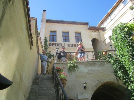 Dedeli Konak Cave Hotel: view of hotel front