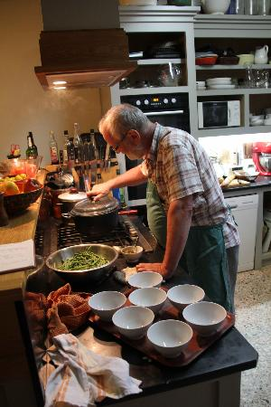Le Presbytere : Martin at work in his kitchen