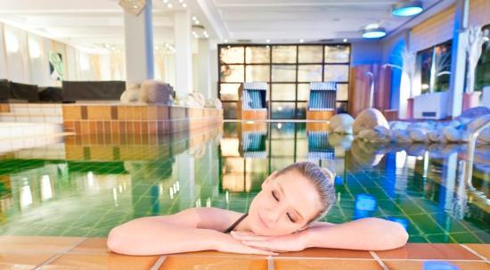 Dorint Parkhotel Mönchengladbach: Pool