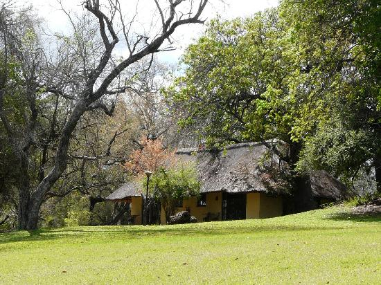 Inyati Game Lodge, Sabi Sand Reserve: Chalets 8/9 from the grounds