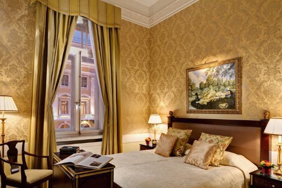 Belmond Grand Hotel Europe: Dostoevsky Suite Bedroom