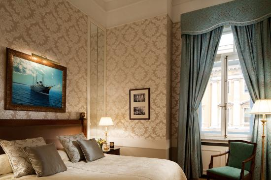 Belmond Grand Hotel Europe: Imperial Yacht Suite Bedroom