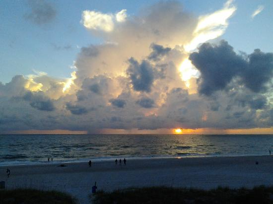 Surf Song Resort Townhouse #343 : .