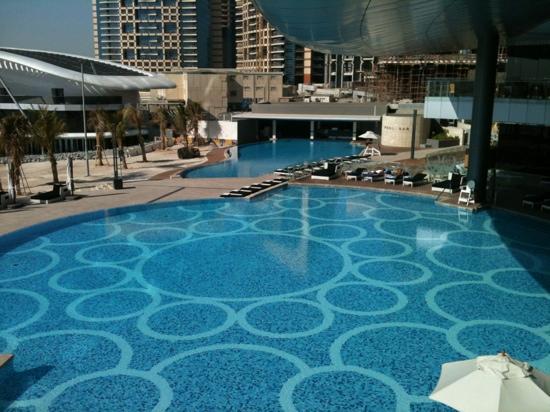 Swimming Pool And Beach Picture Of Jumeirah At Etihad Towers Abu Dhabi Tripadvisor