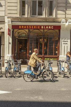 Brasserie Blanc Chancery Lane: Exterior