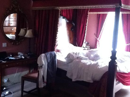 The Rookery Hotel: Horace Jones room - baldachin bed