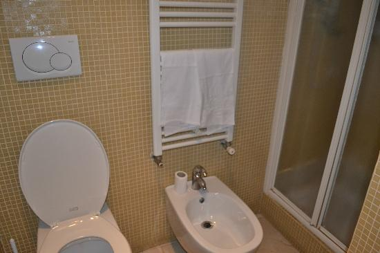Residenza Ki Rome: bathroom 103