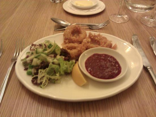 Talbot Hotel: Crispy Suid Rings Starter