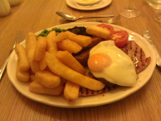 Talbot Hotel: Mixed Grill Mains