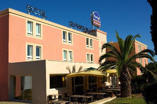 Kyriad Marseille - Les Pennes Mirabeau Aeroport : hotel Kyriad