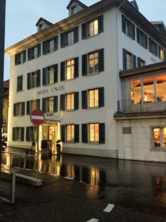 Hotel Engel: Front