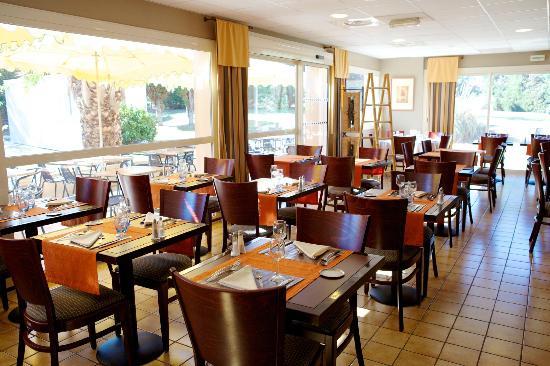 Kyriad Marseille - Les Pennes Mirabeau Aeroport : salle a manger