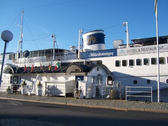 Malardrottningen Yacht Hotel and Restaurant: Malardrottningen Hote