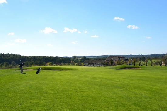 Chateau des Vigiers: Le golf est superbe !