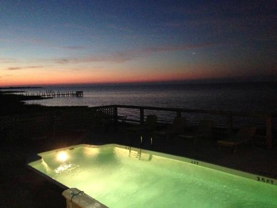 The Inn on Pamlico Sound: I didn't realize there was a pool!!