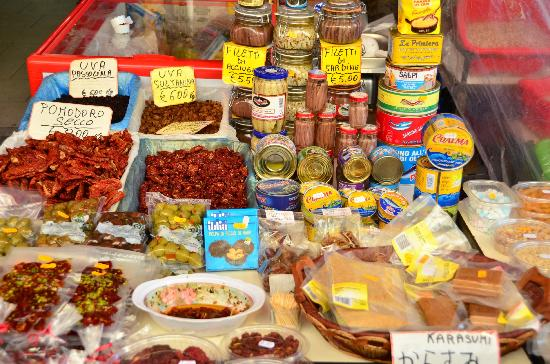 Passage to Sicily : Canned foods and specialties