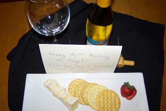 The Renaissance World Golf Village Resort: B-day Goodies!!
