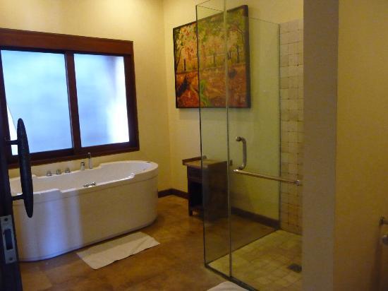 Ajanta Villas: royale, luxe badkamer