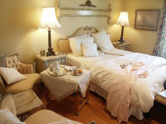 Chantry Breezes B&B: Kelly Forster Guest Room with Ensuite