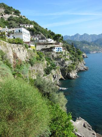 Villa San Michele: Views down the coast - gorgeous!