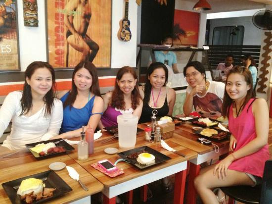 Island Nook : Breakfast with my friends