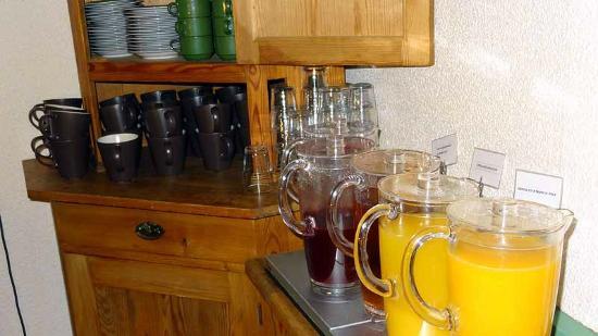 Hotell Linnea, Sure Hotel Collection By Best Western: Breakfast