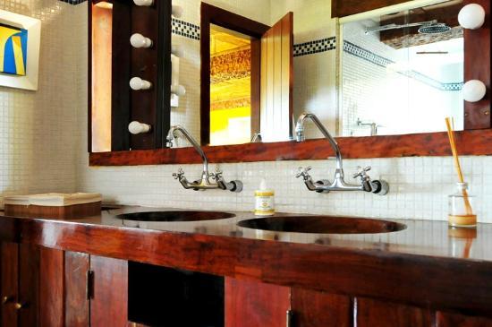 TuAkAzA Exclusive Boutique Lodge: Banheiro LIMA