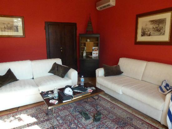 Relais Villa L'Olmo: living room
