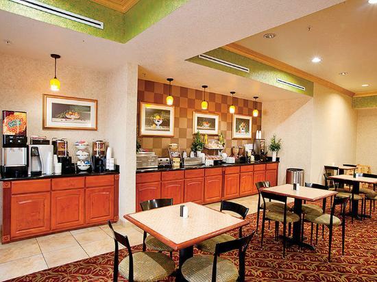 La Quinta Inn & Suites Temecula: Restaurant