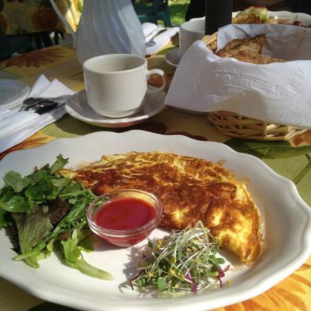 Auberge Le Madrigal: Petit déjeuner gourmand