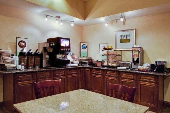 Country Inn & Suites By Carlson, Tallahassee I-10 East: CountryInn&Suites TallahasseeEast BreakfastRoom