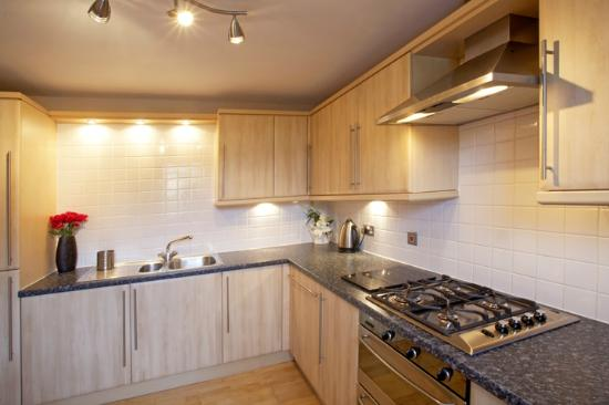 Atholl Brae Royal Mile: Kitchen, fully equipped to cook for Scotland!