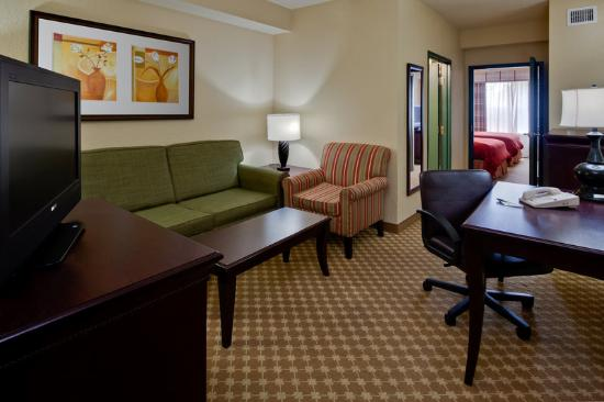 Country Inn & Suites By Carlson, Jacksonville West: CountryInn&Suites JacksonvilleW Suite
