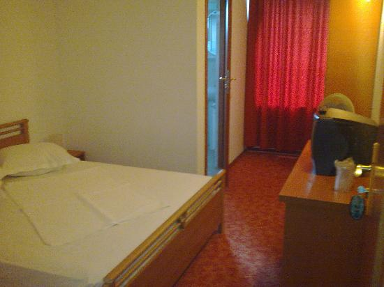 Hostel Victoria: twin