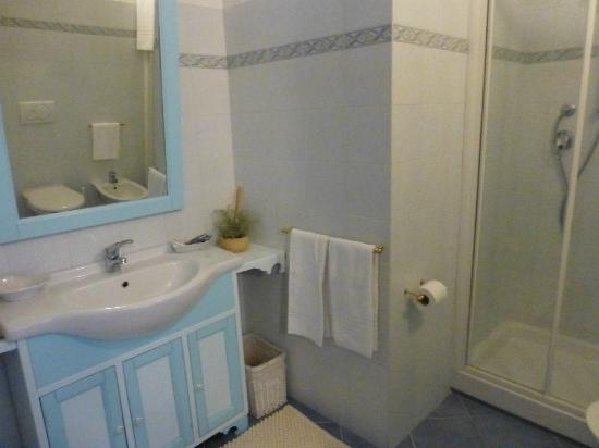Casalorenza: Bathroom