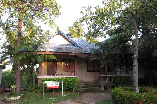 لانتا نيو بيتش بونجالوس: bungalows from outside 