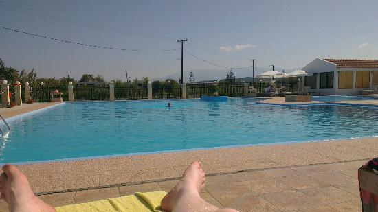 Chryssana Beach Hotel: view from sunbeds