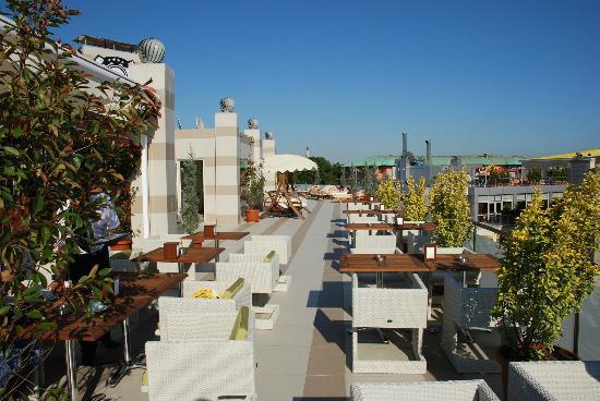 Hotel Mosaic: Terraza