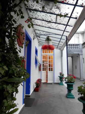 Hotel Casa Gonzalez: entrada al comedor