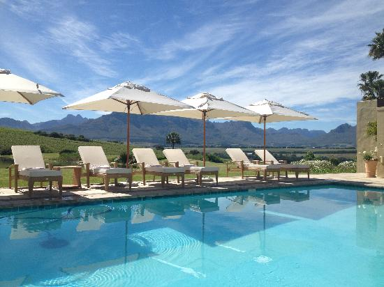 Asara Wine Estate & Hotel: The Pool