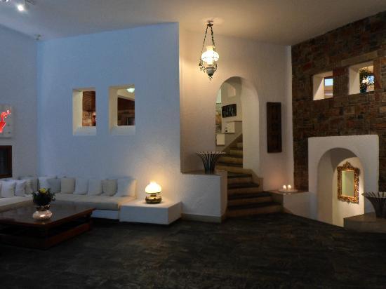 St. Nicolas Bay Resort Hotel & Villas: Lobby