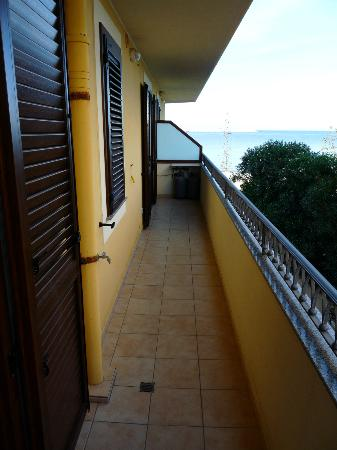Alida del Mar: balcony (spacious)