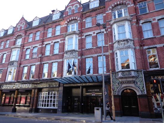 The Metropole Hotel: Hotel Exterior
